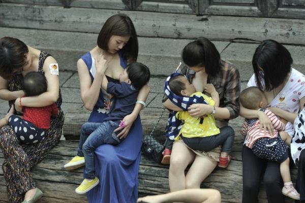 Photos allaitement à travers le monde