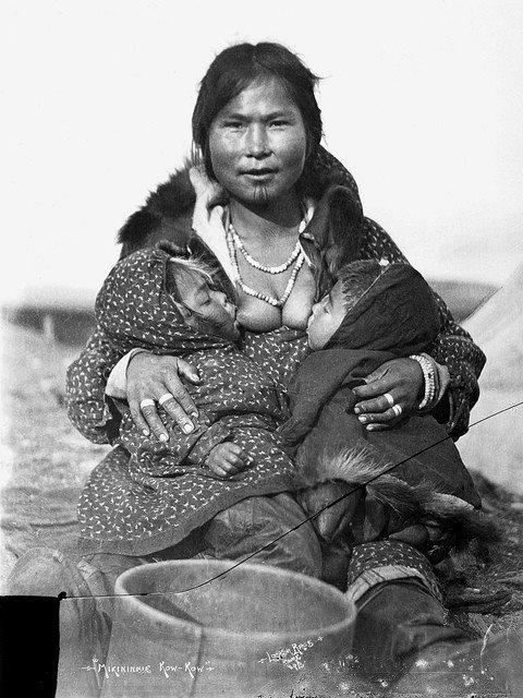 photos allaitement inuit
