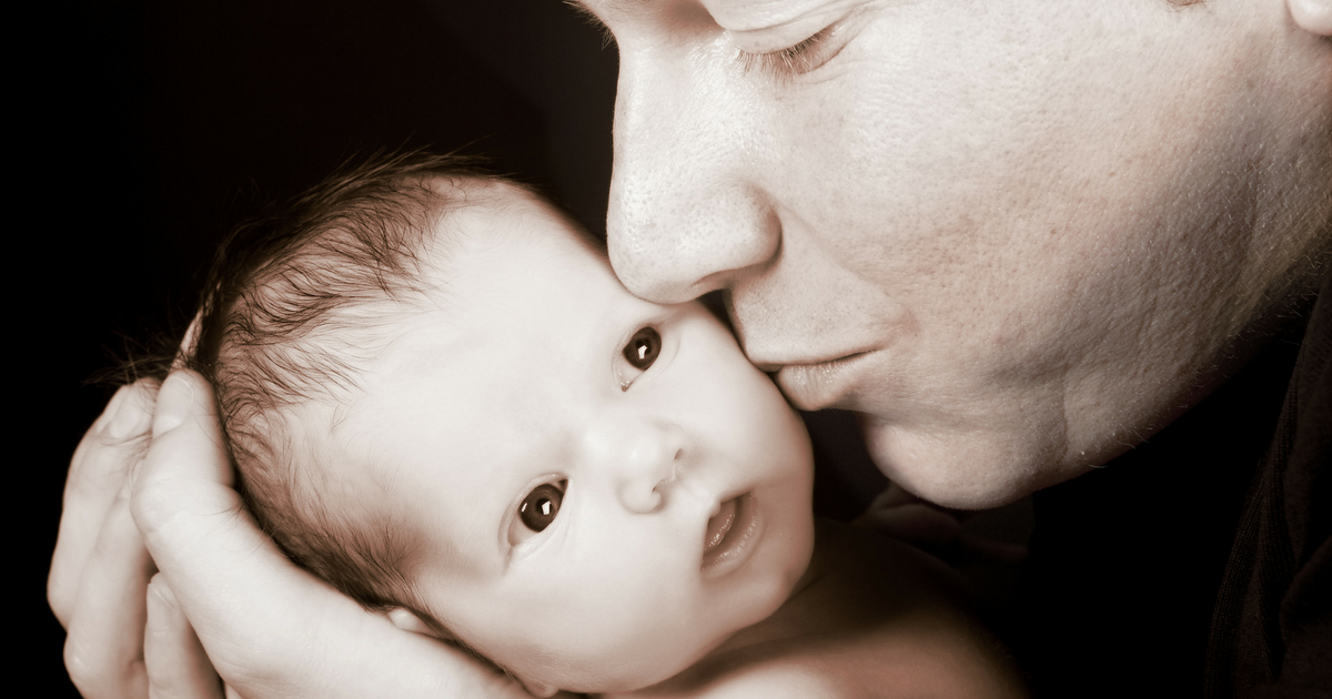 La parentalité à l'ère des réseaux sociaux: est-ce qu'on doit te juger, ou non? Lis tout sur Je Materne.com! #parentalité #parent #papa #maman #paternage #maternage