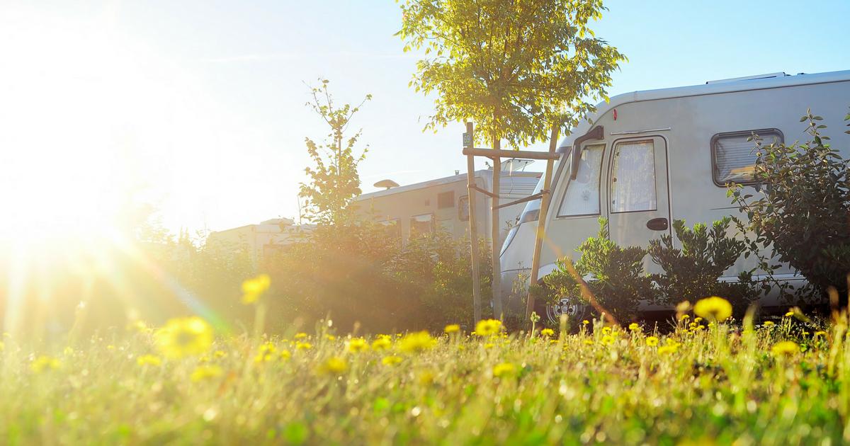 VR en famille, lis notre série d'articles sur comment ça se passe de voyager avec les enfants en VR (camping-car)!